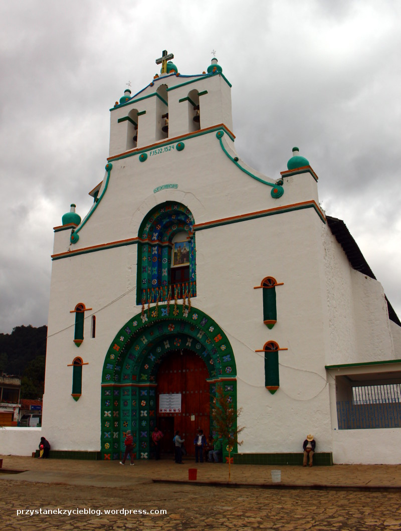 chamula_church